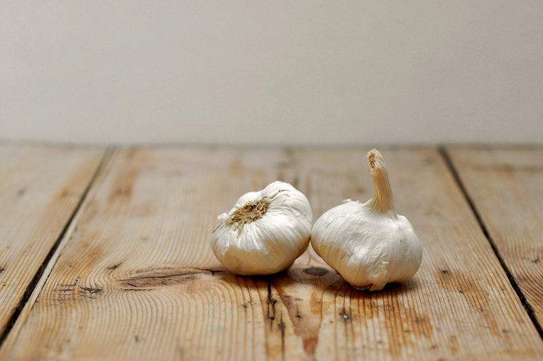 FCG_garlic_bulbs