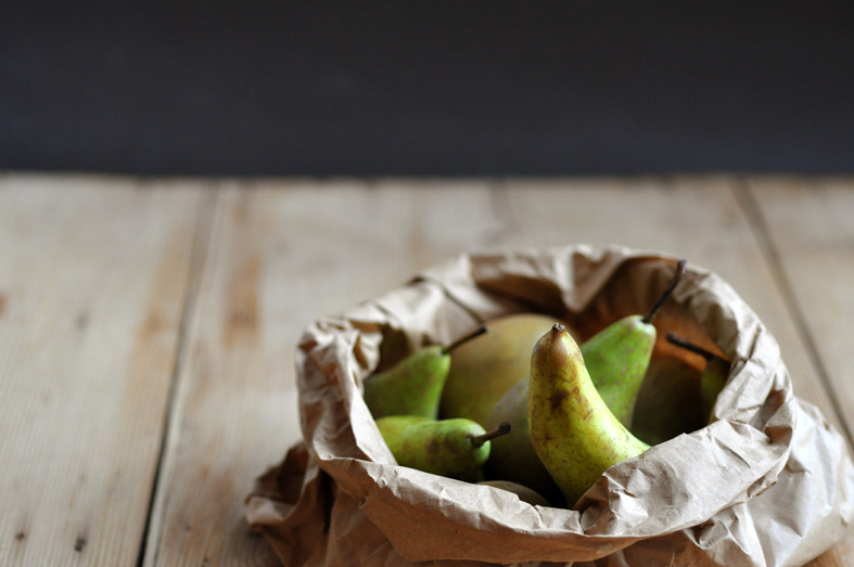 FGG_pears_paper_bag