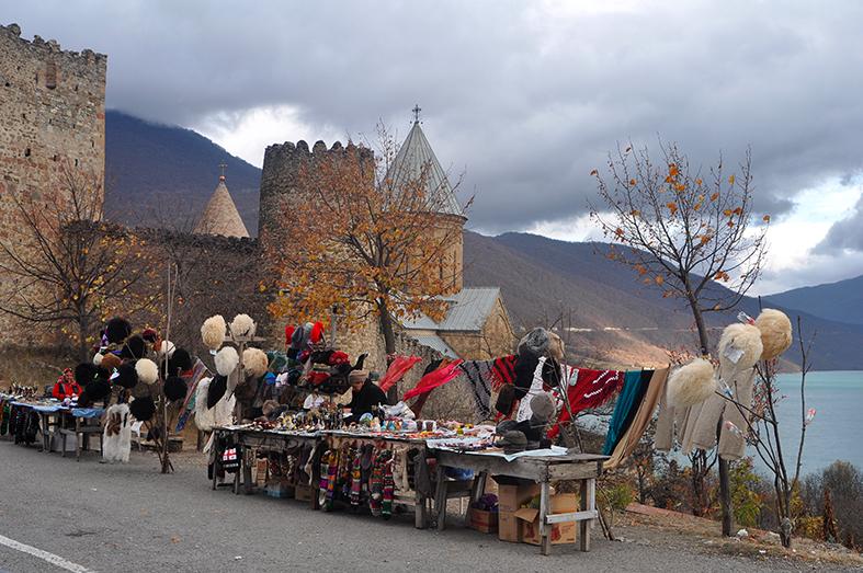 FCG_Georgia_Ananuri_souvenir_stalls
